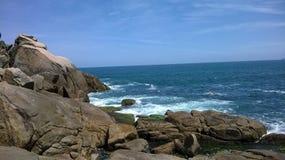 巴西- Guarujï ¿ ½ -岩石 图库摄影