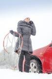 要求在冬日的帮助 免版税图库摄影