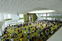 主要祷告GBI绿色白金Cyberjaya清真寺霍尔在Cyberjaya,马来西亚 免版税库存照片