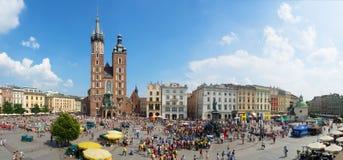 主要集市广场在克拉科夫,波兰 世界青年日2016年 图库摄影