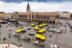 主要集市广场 银行营业厅的PPS项目列出正方形作为最佳的银行营业厅在欧洲由于它活泼的街道l 免版税库存图片