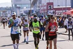 观众和赛跑者Marathon同志的在德班13 免版税库存图片