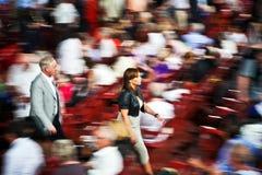 观众在维罗纳竞技场(竞技场二维罗纳),意大利 库存照片