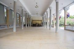 观众大厅在王宫金边柬埔寨 库存照片