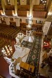 观众的长凳的看法在莫斯科合唱犹太教堂的 库存图片
