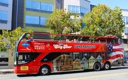 观光的公共汽车游览旧金山 图库摄影