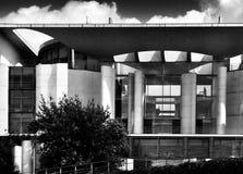 观光的柏林 在黑白的艺术性的神色 免版税库存图片