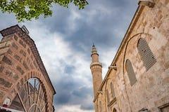 观点的伯萨盛大清真寺或Ulu哈米在伯萨,土耳其 库存照片