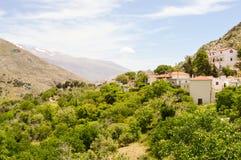 观点的小村庄克里特岛人 免版税库存照片