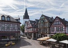 观点的柯尼希阿道夫普拉茨,黑森,德国 免版税库存照片