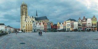 观点的格罗特Markt,梅赫伦 免版税库存图片