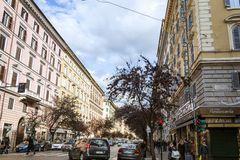 观点的通过Cola在交叉点的di Rienzo有通过Terenzio的在罗马 免版税库存照片