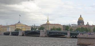 观点的7月5日的内娃;2015年在圣彼德堡 免版税库存图片