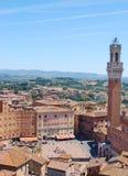 观点的Piazza del园地,锡耶纳,意大利 免版税图库摄影