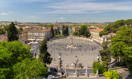 观点的Piazza del Popolo在罗马,意大利 免版税图库摄影