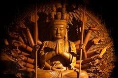 观音工业区菩萨雕象用一千只手在泰国 库存照片