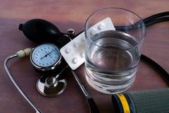 规则血压测量 免版税库存照片