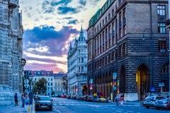 规则街道在维也纳奥地利 库存照片