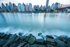 视图和河在曼哈顿 免版税库存图片