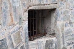 视窗在老房子里 免版税库存图片