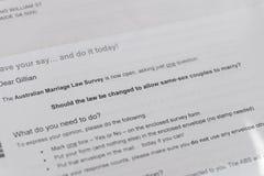 解释澳大利亚同性恋婚姻邮政表决的信件 免版税库存图片