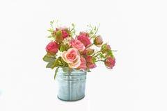 言情,软的焦点的时期rosesin花束花盆 免版税库存图片