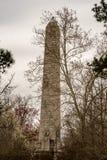 詹姆斯敦,弗吉尼亚- 2018年3月27日:300周年纪念的庆祝纪念碑在历史的詹姆斯敦, VA 免版税图库摄影