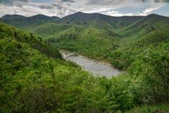 詹姆斯河和蓝岭山脉 图库摄影
