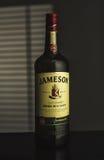 詹姆森爱尔兰人威士忌酒社论照片  库存图片