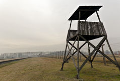 警卫塔在Auschwitz 2 Birkenau 免版税库存图片