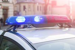 警察光和警报器在汽车 免版税库存照片