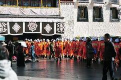 警察在拉萨,西藏 库存照片