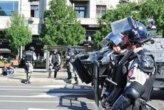 警察在贝尔格莱德的中心 免版税库存照片