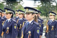 警察女学生 库存照片