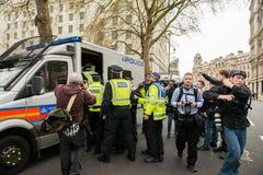 警察拘捕-抗议游行-伦敦 免版税库存图片