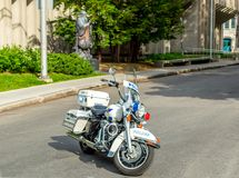 警察摩托车马达自行车在魁北克市 免版税库存图片