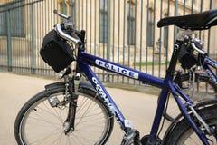 警察自行车 免版税图库摄影