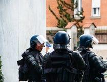 警察secruing街道的gerdarms官员分谴舰队在史特拉斯堡 库存照片
