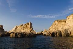 警报器岩石在Foca中,土耳其 免版税库存照片