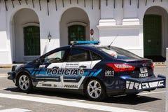 警车在五月广场在布宜诺斯艾利斯在一个假日星期天 库存照片