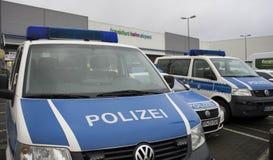 警车在国际机场在法兰克福哈恩,德国 免版税库存图片