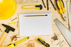 计划在木匠业和木制品产业的一个项目 免版税库存图片