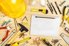 计划在木匠业和木制品产业的一个项目 免版税库存照片