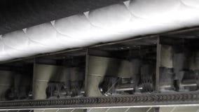计划操作缝纫机缝合织品,开关,现代工厂,内部 影视素材