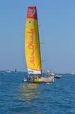 计数在分钟下的阿布扎比海洋赛跑的队对富豪集团海洋种族的开始 免版税图库摄影