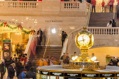 计时在盛大中央终端主要广场  免版税库存图片