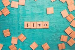 计时词计划与木字母表 免版税库存照片
