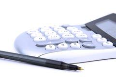 计算器和笔 免版税库存图片