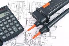 计算器测试人员电压 免版税库存照片