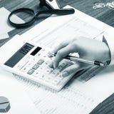 计算在办公桌上 免版税图库摄影